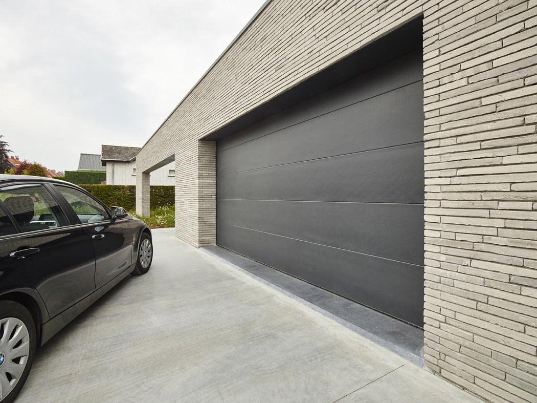 Pose de porte de garage sectionnelle - Roncq Lille Nord 59